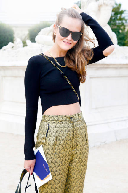 gold pants:crop