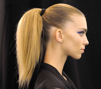 0109-fashion-week-ponytail_bd