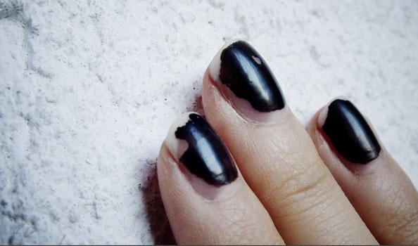 beauty blunder afgebladderde nagels