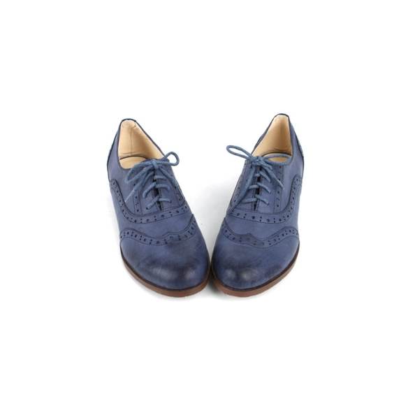 classic-vintage-womens-wing-tip-lace-up-punching-detail-oxford-shoes-blue-garconne
