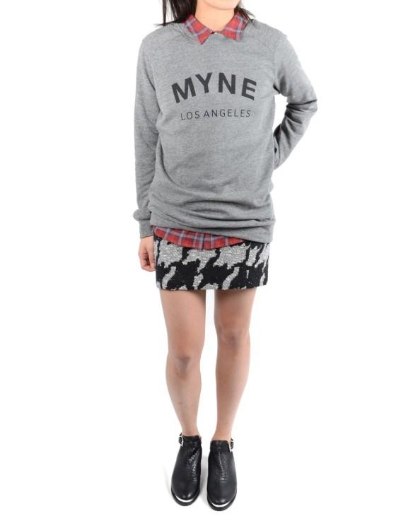 myne-logo-sweatshirt-04