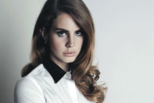 lana-del-rey-60s-hairstyle
