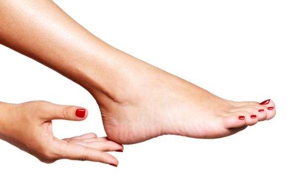 hands-feet-nails1