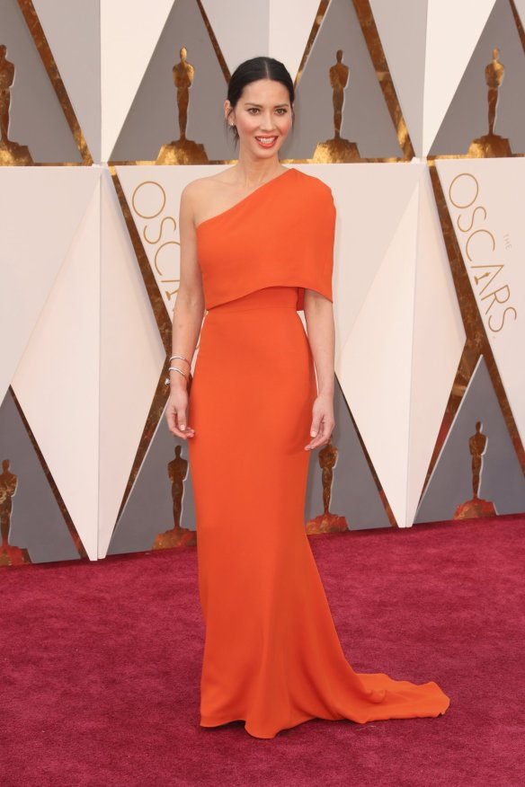 Olovia Munn in Stella McCartney