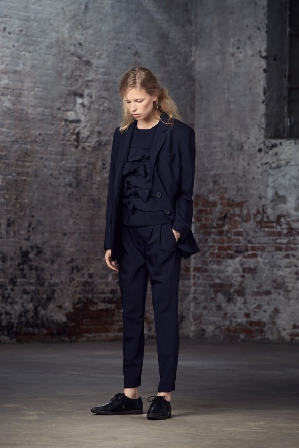 womens-pantsuits-trends-2015-2016-26-600x900