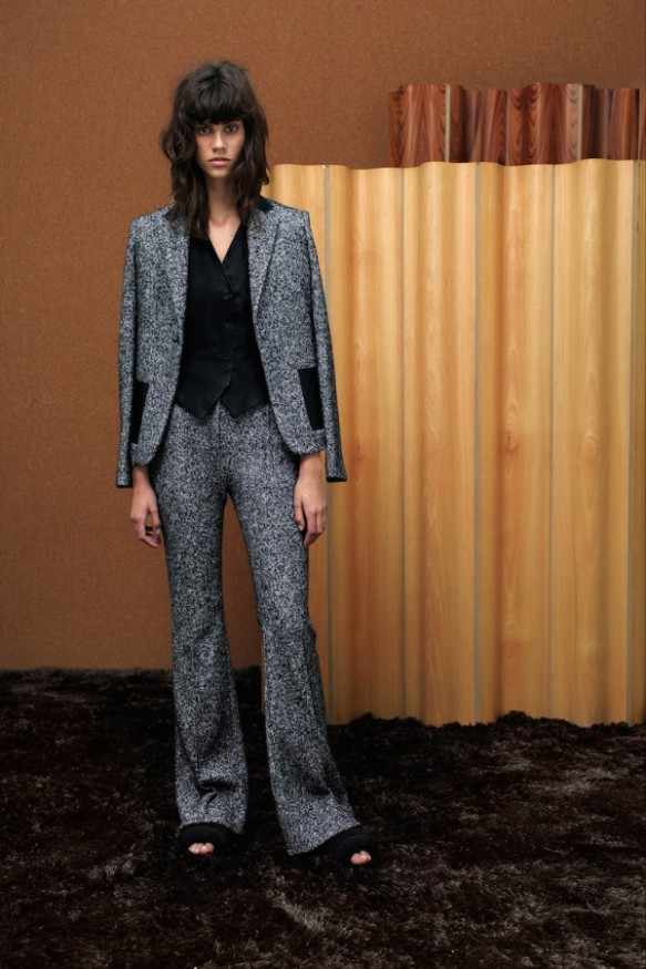 womens-pantsuits-trends-2015-2016-8-600x899