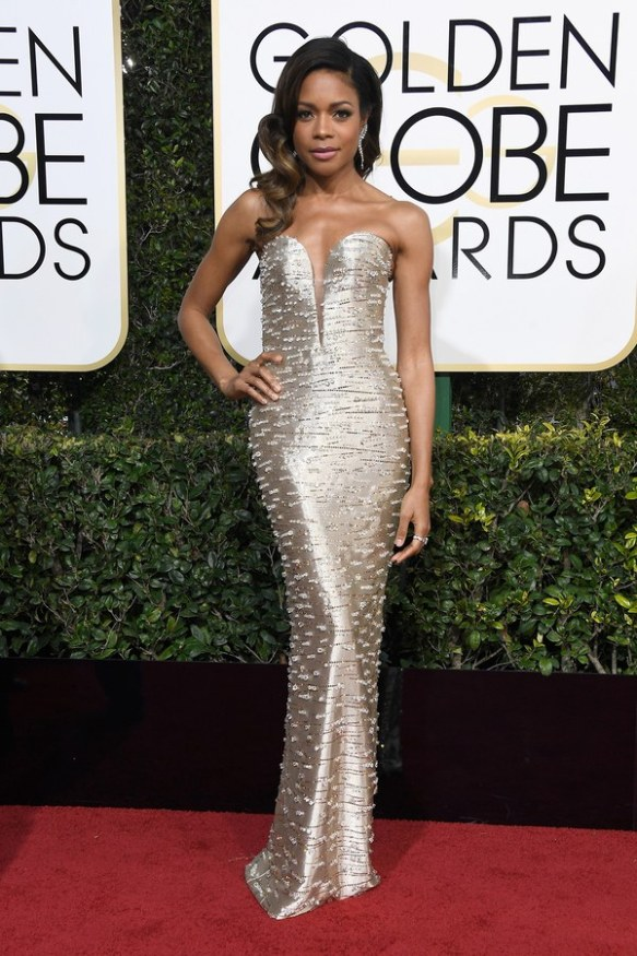 golden-globes-2017-red-carpet-naomie-harris